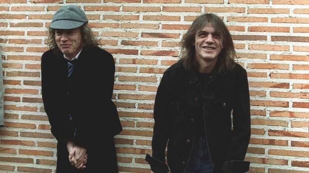 Guitarrista de AC/DC, en casa de reposo por demencia