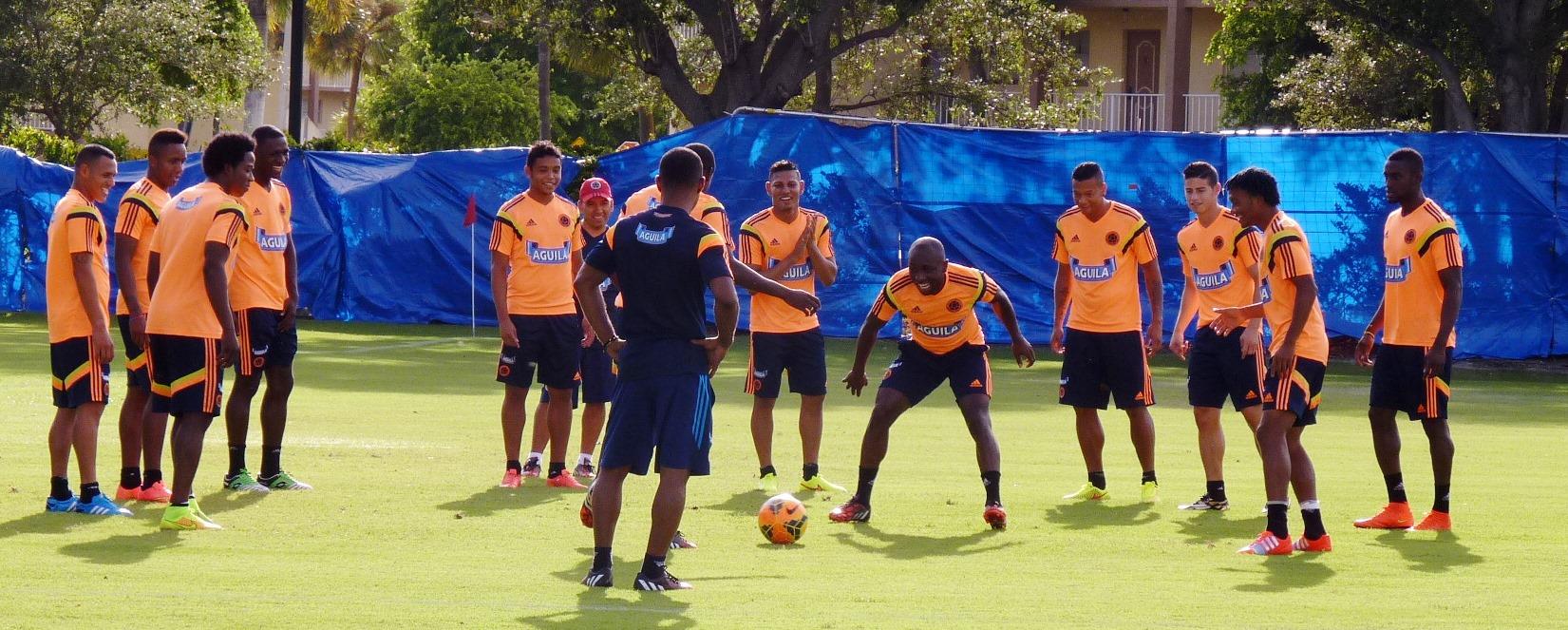 La Selección Colombia continúa preparándose para enfrentar a Brasil