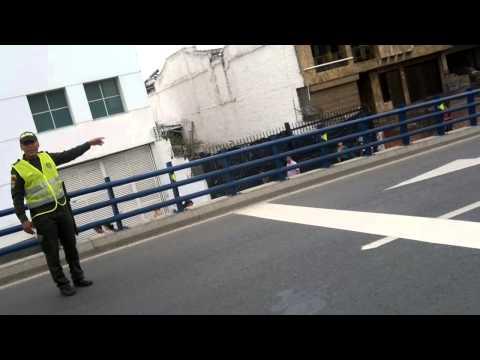 Patrullero de la Policía evitó que un hombre se quitara la vida