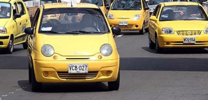 Incremento en la tarifa del servicio de taxis