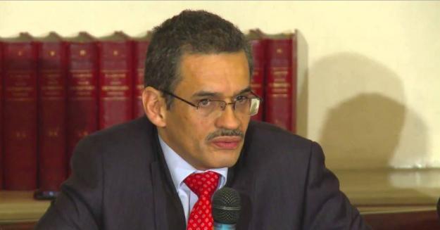 El nombre del fallecido exsecretario de Gobierno aparece ahora en una investigación