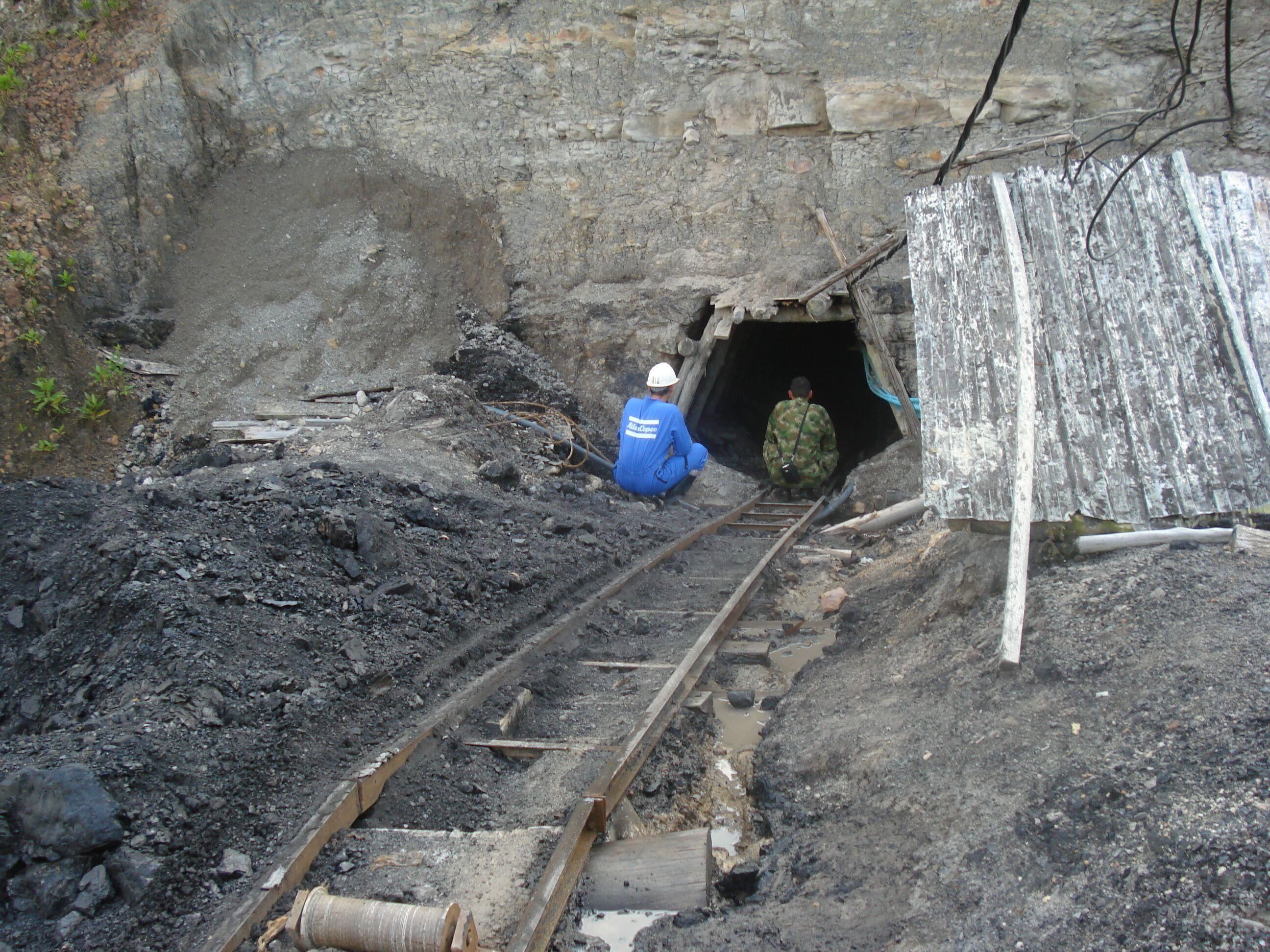 Pocas esperanzas de hallar sobrevivientes en mina de Antioquia