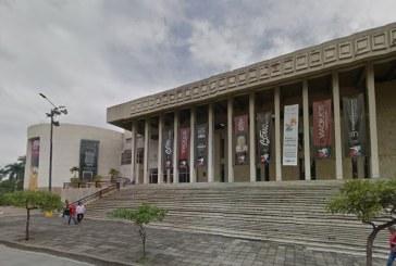 Los tesoros literarios de más de 400 años que guarda la Biblioteca Departamental