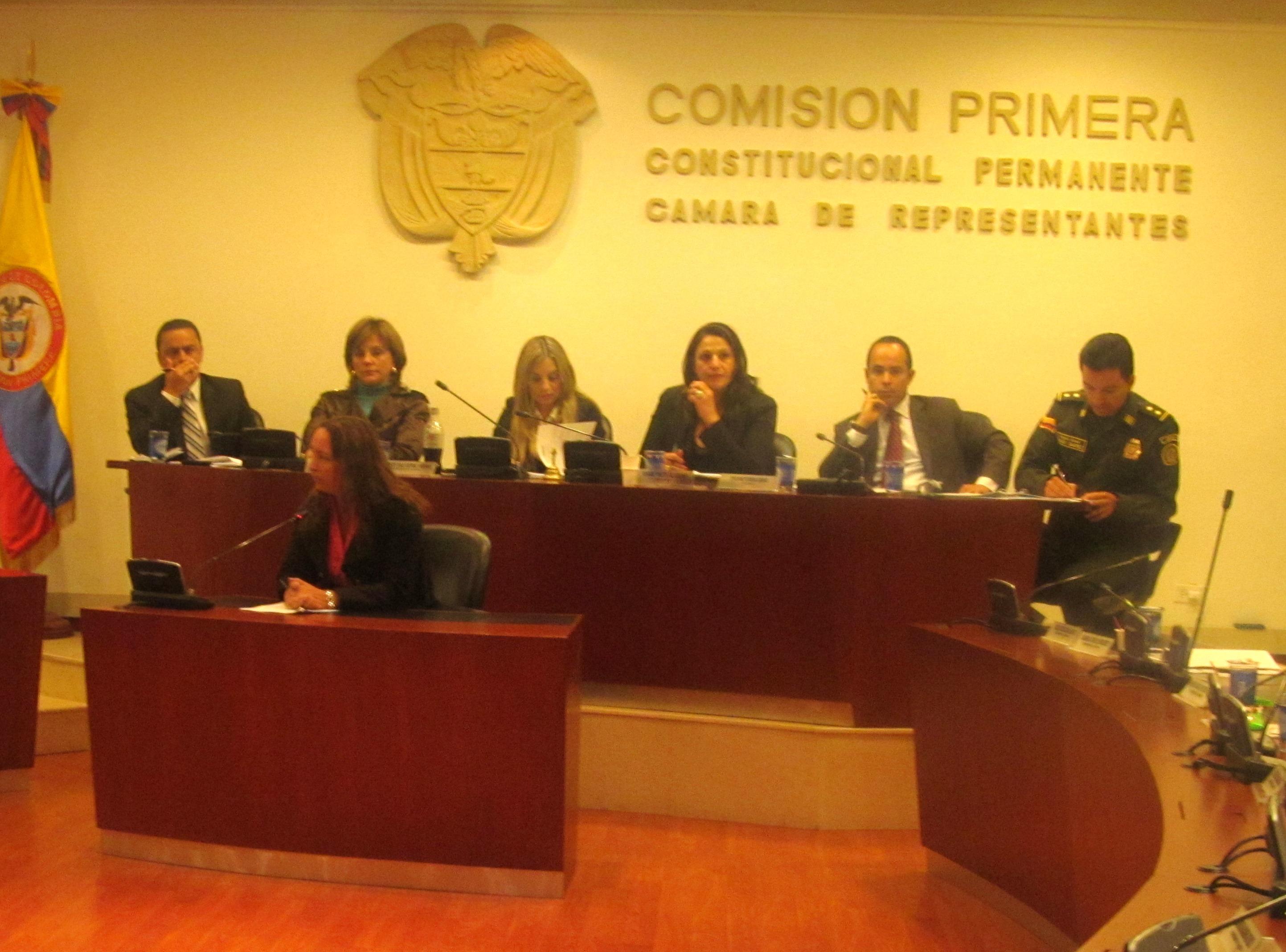 Aprobado en primer debate unificación de periodos de gobiernos locales