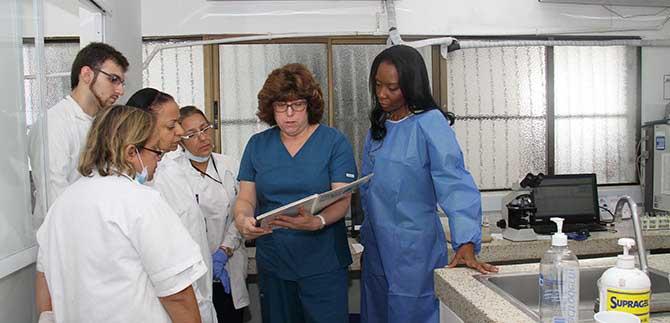 Especialistas de EE.UU. capacitan sobre prevención de cáncer