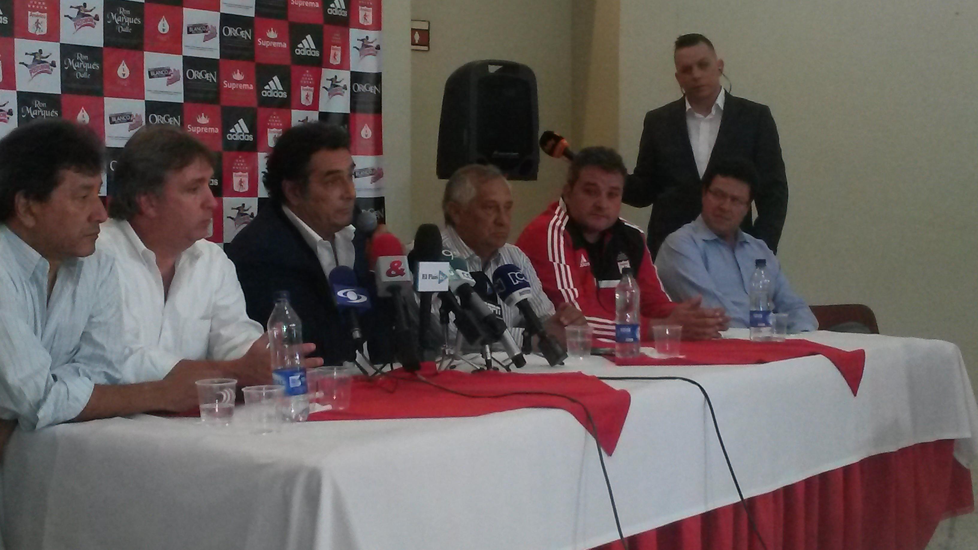 El 'Chiqui' García es oficialmente el técnico del América de Cali