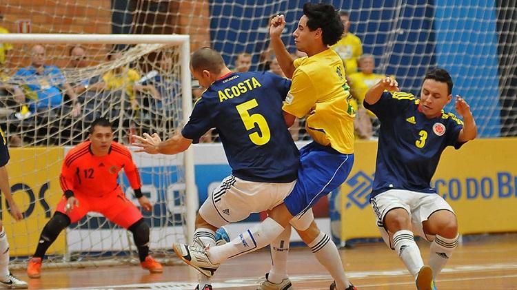 Selección colombiana de futsal se prepara para torneo en Brasil