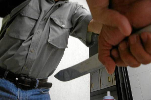 Hombre fue asesinado por apagar el televisor de su hijastra, en el oriente de Cali
