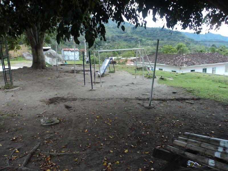 Temor en Inzá por explosivos en parque infantil