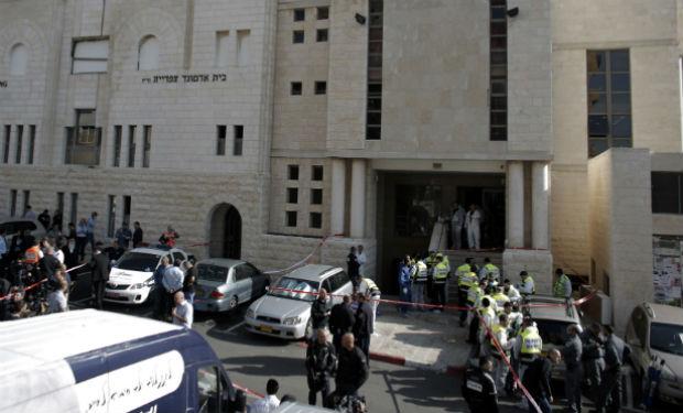 Seis personas murieron en un atentado a una sinagoga en Jerusalén
