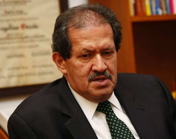 Angelino dice que respetará decisión del CNE sobre inhabilidad