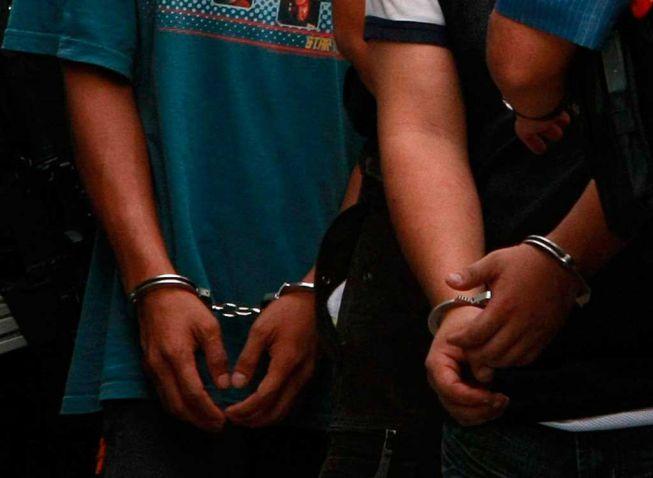 Capturan a tres policías por extorsión en Candelaria, Valle