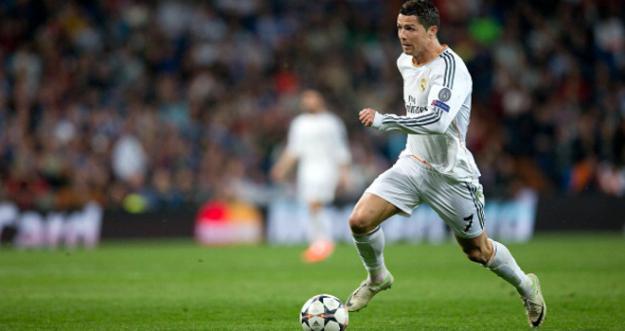 Cristiano Ronaldo recibió la 'Bota de Oro' por los 31 goles marcados en 2013