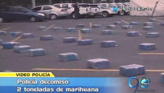 Policía decomisó dos toneladas de marihuana a bordo de un camión
