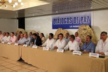 Analistas políticos tienen opiniones divididas frente al Proceso de Paz