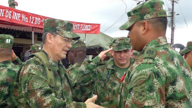 Las Farc comunican que liberarán al general Alzate el domingo
