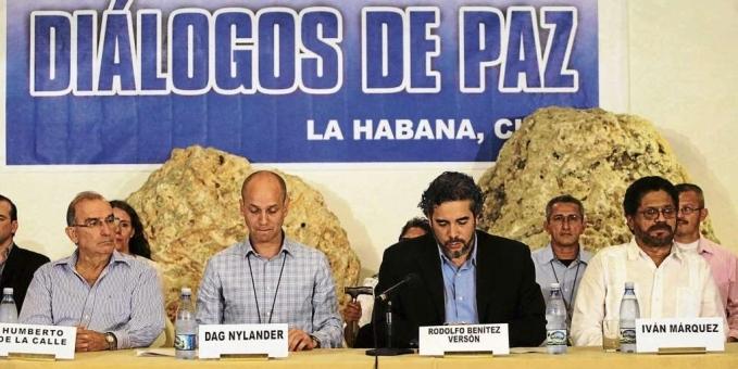 Reanudan los diálogos de paz en La Habana