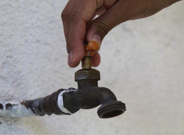 Algunos sectores de Cali y Yumbo, aún sin suministro de agua