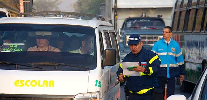 Multas por licencia de conducción vencida comenzarán hoy