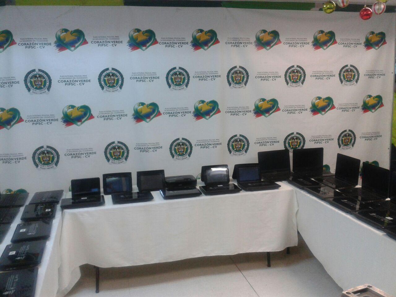 Policía recuperó computadores robados a un colegio de Jamundí