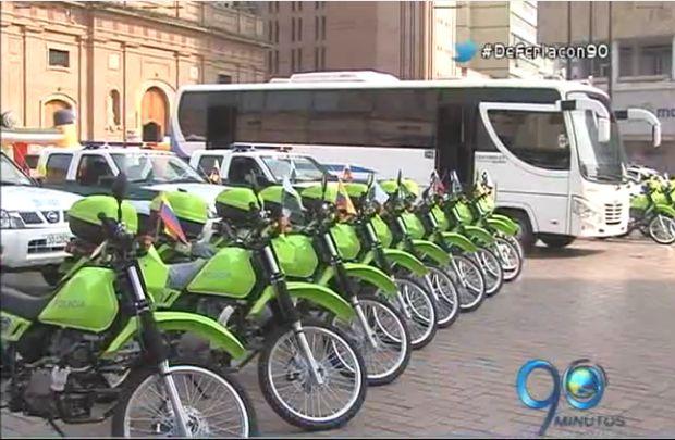 Gobernación del Valle entrega equipos y vehículos para reforzar seguridad