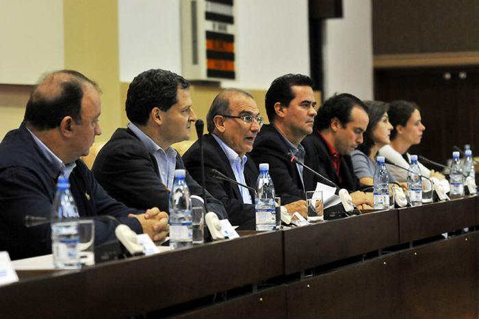 Gobierno y Farc se reunirán hoy en La Habana