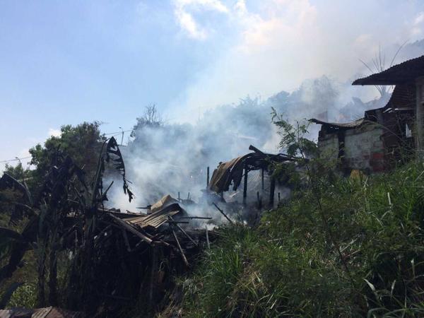 Incendio estructural en Yumbo deja seis casas afectadas