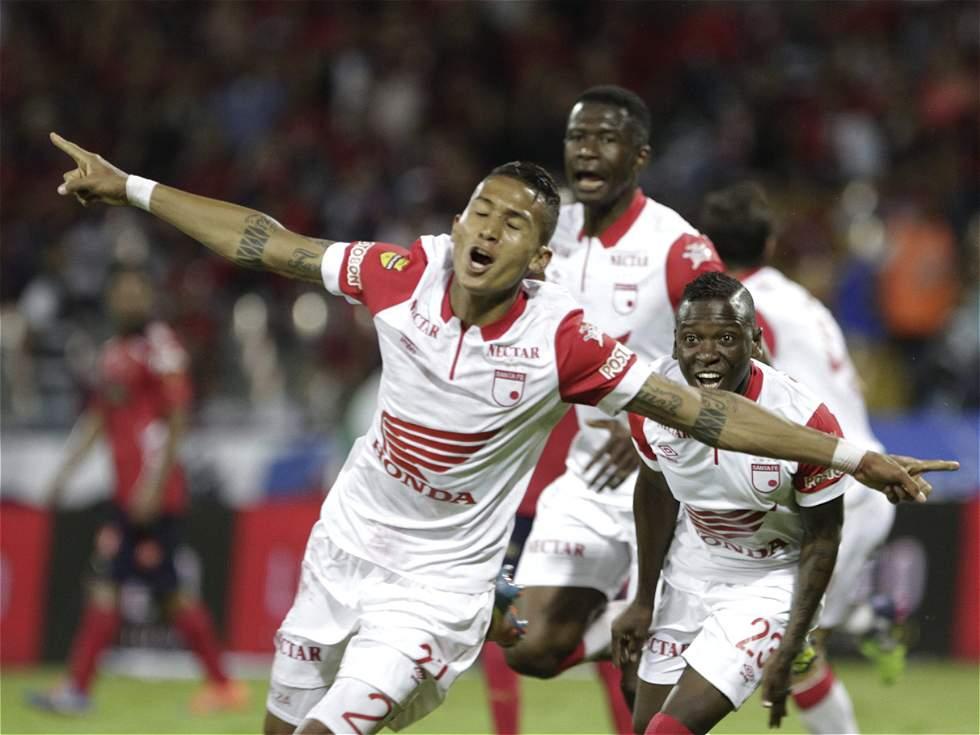 Santa Fe dio el gran golpe y se acerca a su octavo título en Colombia