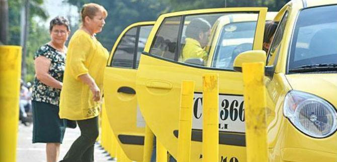 Taxistas se gradúan como promotores culturales en Cali