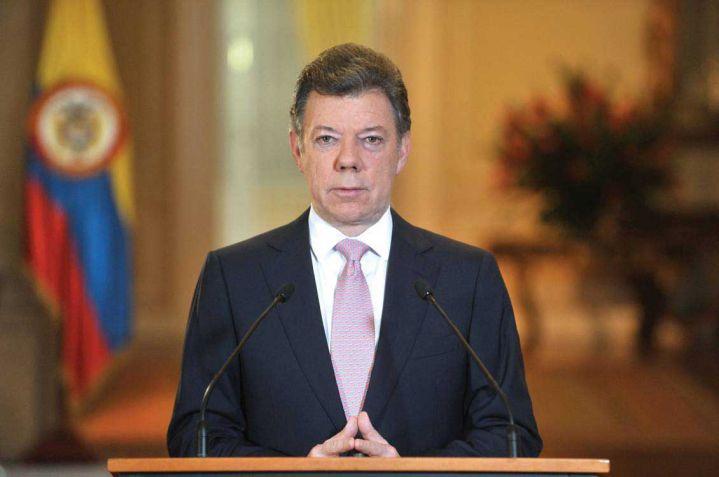 Santos dio vía libre para negociar el cese al fuego bilateral