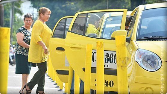 Los caleños opinaron acerca del servicio de taxis en la ciudad