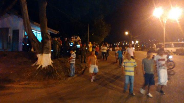 #Video90: Enfrentamientos entre fuerza pública y jóvenes de Alto Nápoles