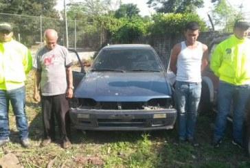 Abuelo y nieto capturados por ser presuntos desguazadores