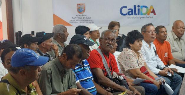 Adultos mayores tienen más plazo para cobrar subsidios