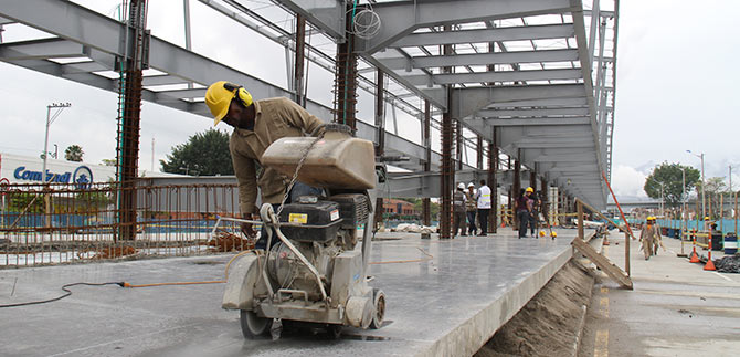 En dos meses estará lista la terminal Calipso Julio Rincón