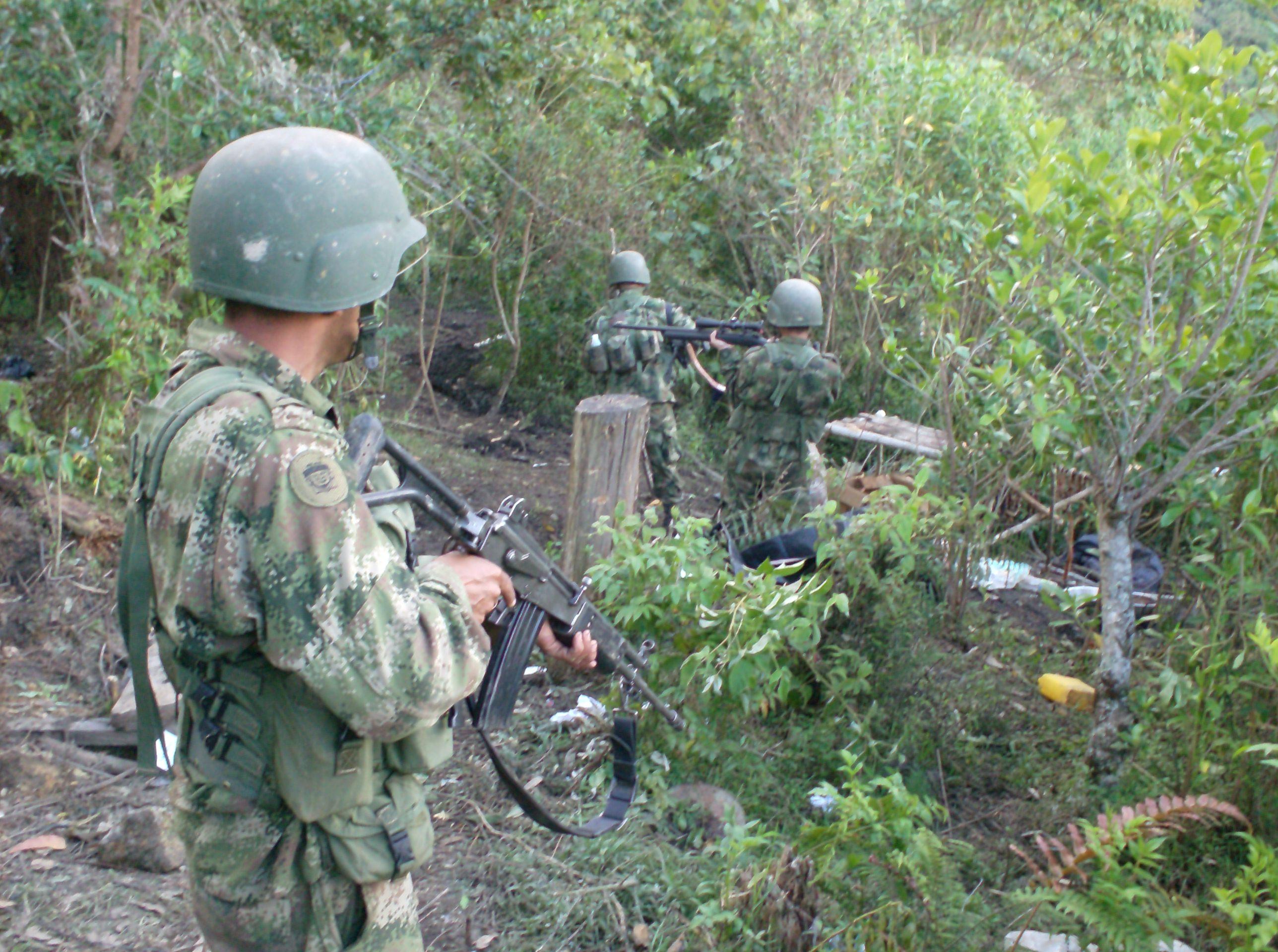 Desactivan campo minado cerca de una escuela en Tuluá