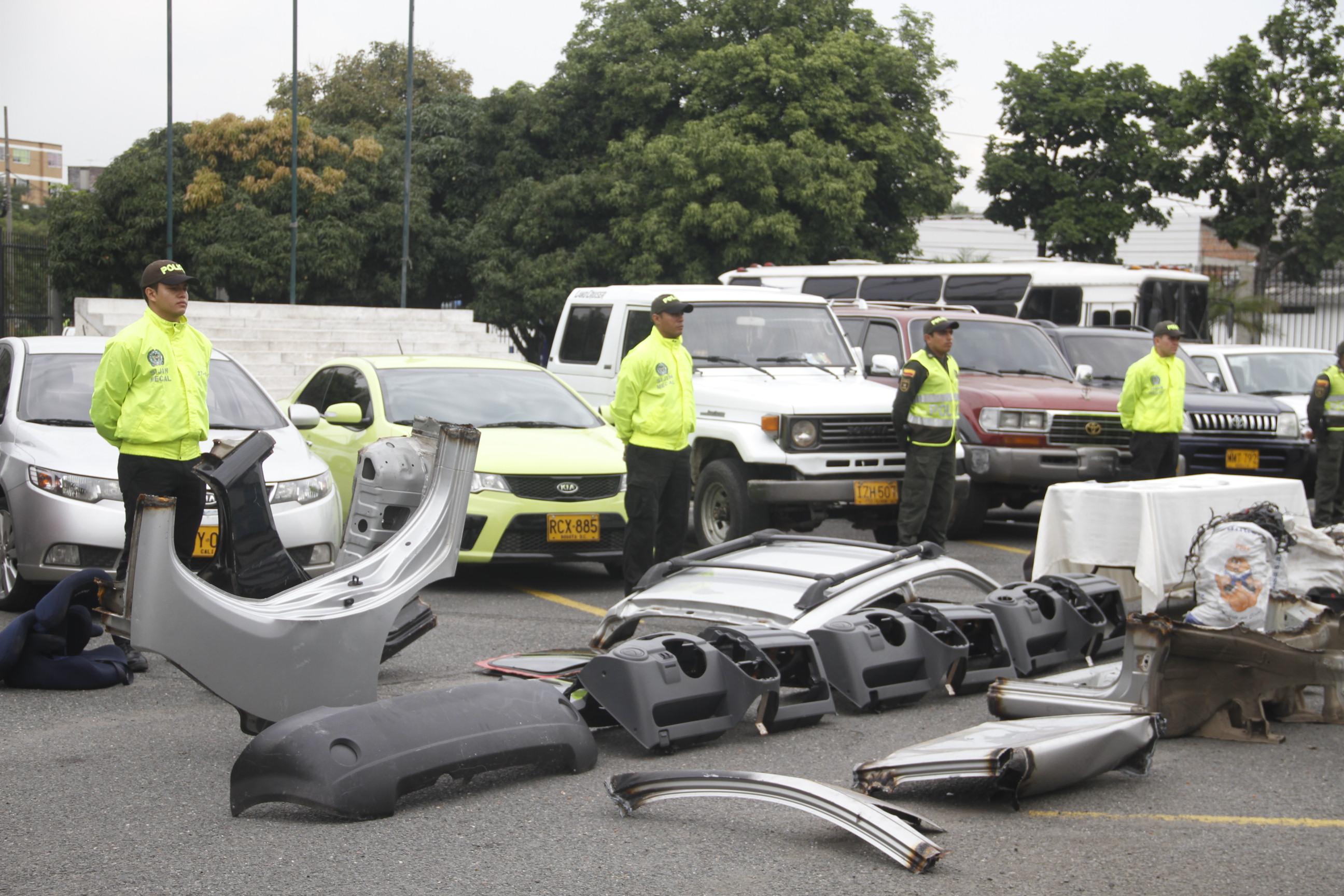 Policía recuperó vehículos de alta gama que habían sidos hurtados