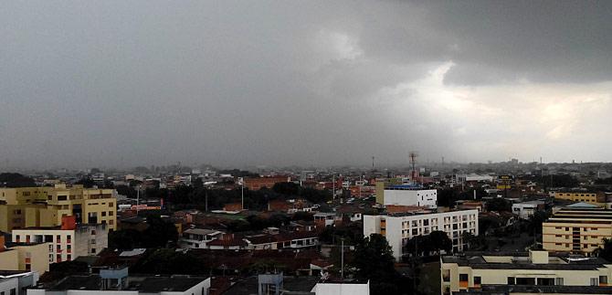 Consejo de Riesgo dice que lluvias podrían continuar durante el fin de semana