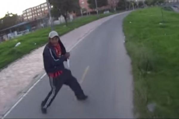 En video, joven registró el momento en que intentaron robarlo