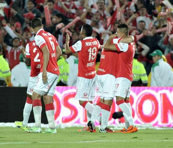 Santa Fe derrotó a Nacional en el Campín y ganó la Superliga