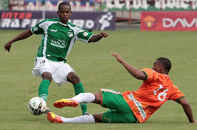 Yerson Candelo se queda en el Deportivo Cali. Mendieta se incorporó