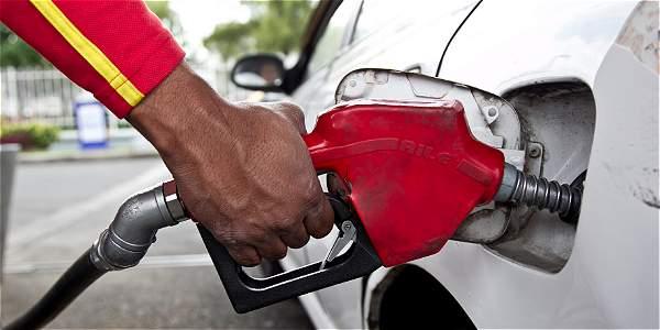 Desde febrero 1o. gasolina bajó 138 pesos y ACPM 142 pesos