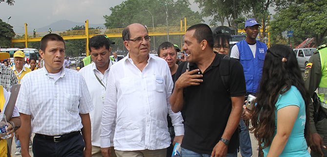En guala, Alcalde visitó la Comuna 18 con 'Alcaldía en tu Barrio'