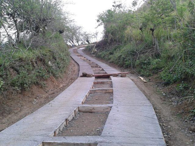 Valle lanza proyecto para crear 42 km de placa huellas en vías rurales