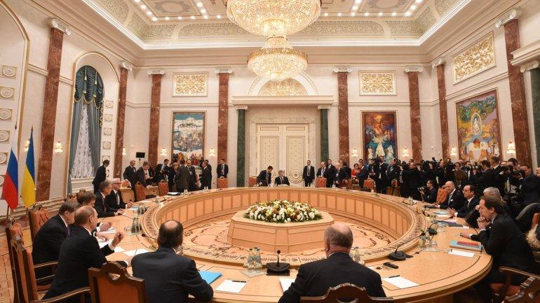 Vladimir Putin anuncia cese al fuego en el este de Ucrania