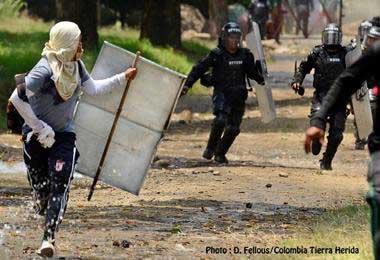 Siguen choques entre indígenas y las autoridades en el Cauca