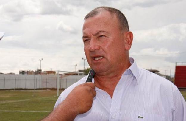El vallecaucano Suárez renunció a la dirección del Cúcuta