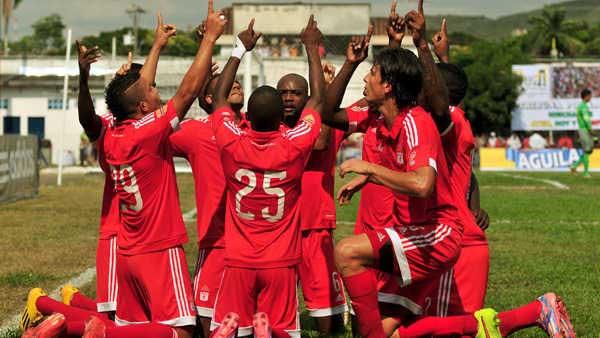 América venció a Cortuluá por la Copa y asumió el liderato del grupo E