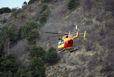 Dos colombianos entre las 150 víctimas de accidente aéreo en Francia