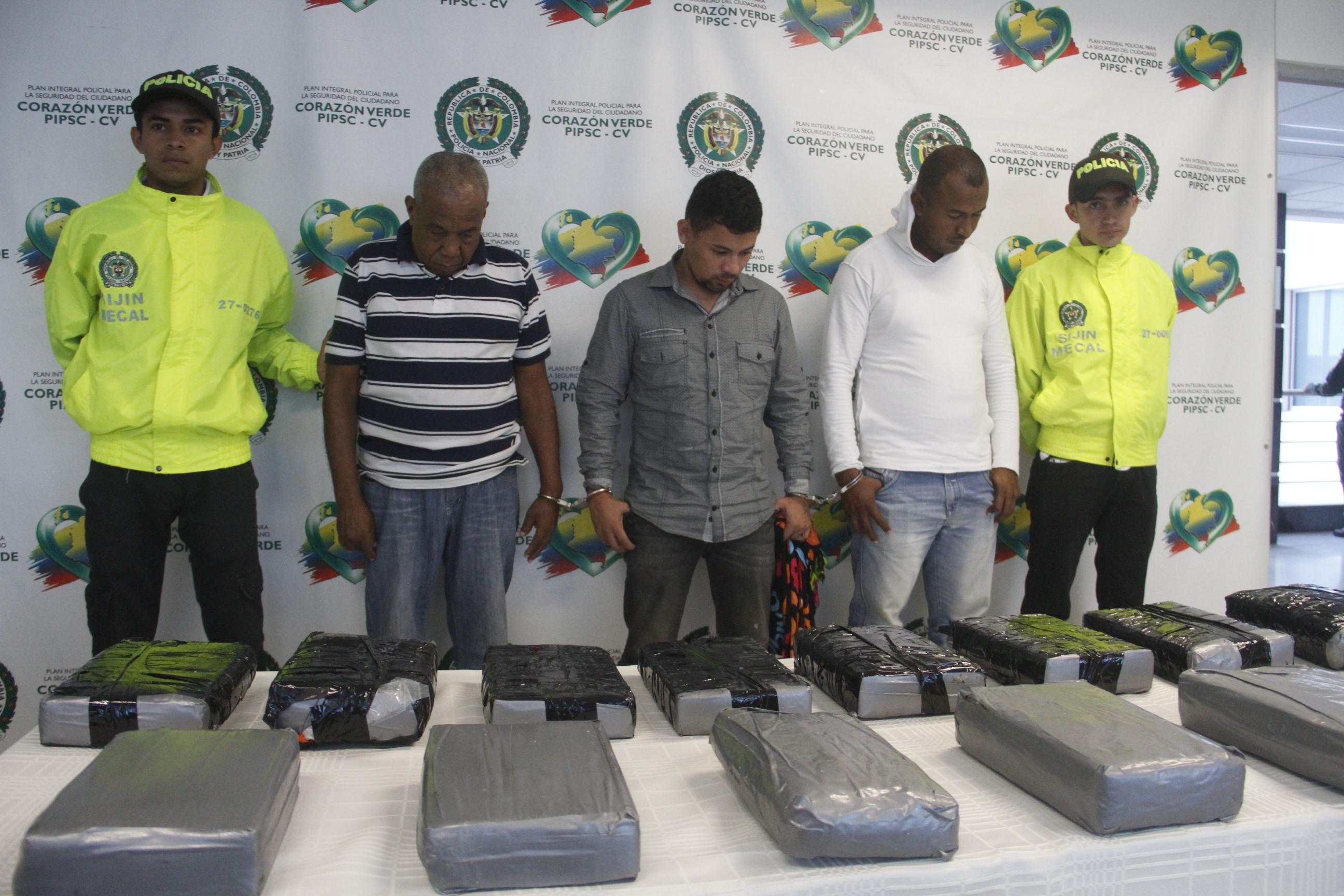 Tres hombres capturados con 19 kilos de clorhidrato de cocaína